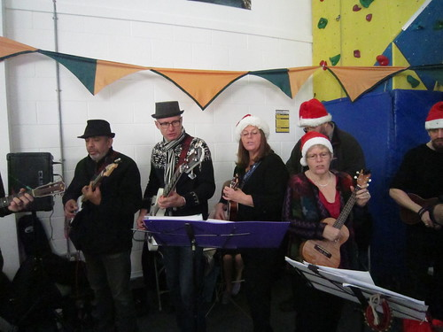 UkeJam at Hoe Valley School Xmas Fair Nov 2017