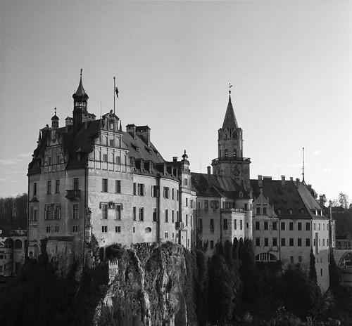 analog castle [d'veloped]