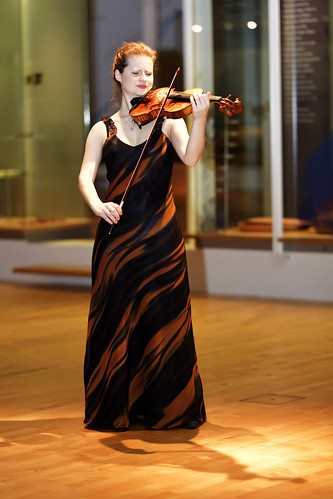 Liv Migdal   Violine 05