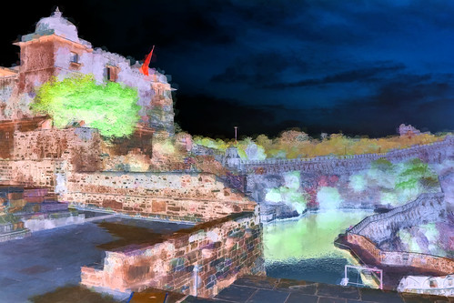 India - Rajasthan - Chittorgarh Fort . Water Tank - 209bb