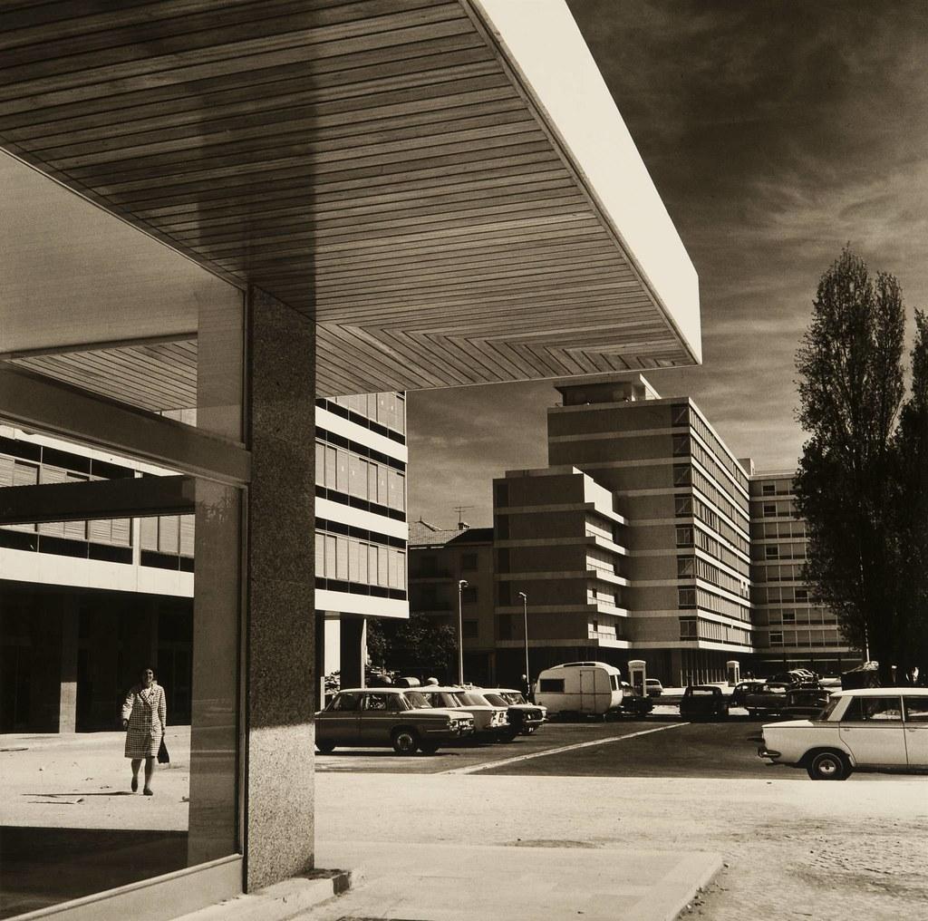 Praça de Alvalade, Lisboa, c. 1970 (Artur Pastor, in archivo photographico da C.M.L.