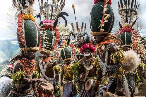 Papua Nuova Guinea, alla scoperta degli ultimi cannibali viventi!