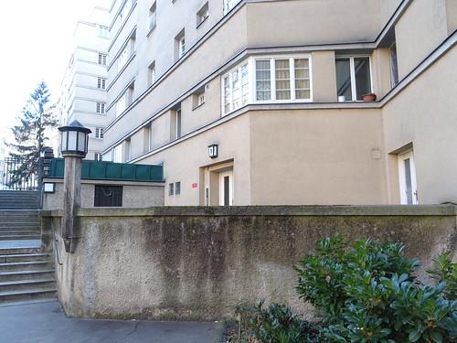 Wien, 5. Bezirk (the art of housing estates of Vienna), Wohnhausanlage Matteottihof (housing estate, zona residenziale, complejo residencial, quartier résidentiel), built from 1926 to 1927 (Fendigasse/Siebenbrunnenfeldgasse/Siebenbrunnengasse)
