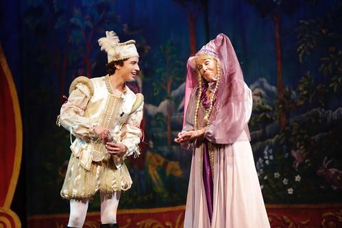 Snow White - Holiday Panto - Throckmorton Theatre