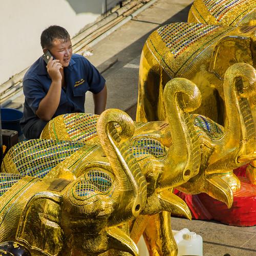 Thailand - Bangkok - Erawan Shrine golden elephants_sq_DSC6317