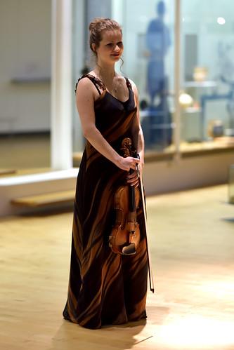 Liv Migdal   Violine 04