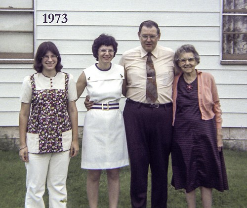1973 Lundys, McGuires at Verna's in Bixby, May or June, 1973