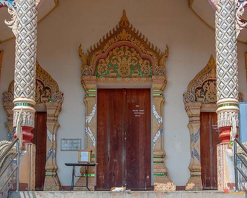 Wat Si Bun Chu Wang Hai Phra Wihan Doors (DTHLU0464)