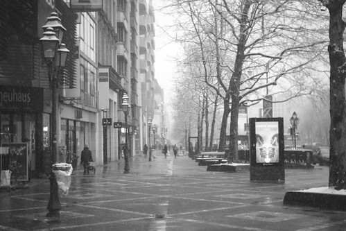 Avenue de la Toison d'Or      Foca Oplex  1:3.5  f=3.5cm