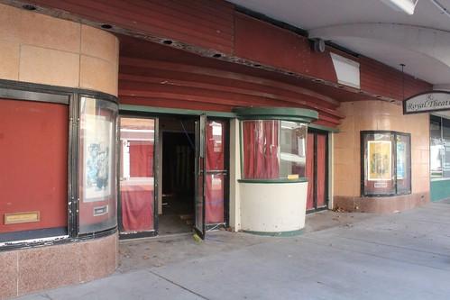 Atchison, Kansas, Royal Theatre, Exterior