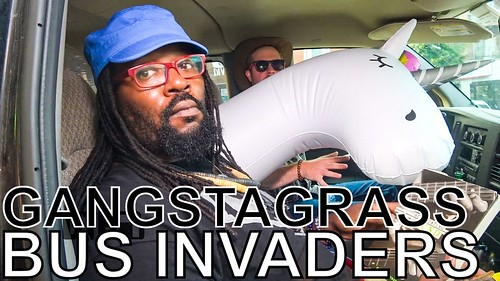 Gangstagrass - BUS INVADERS Ep. 1381