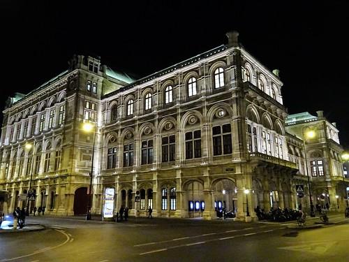 Wien, 1. Bezirk (the art of very historic institutions of Vienna), Wiener Staatsoper, Ópera Estatal de Viena, L'opéra d'État de Vienne, Vienna State Opera, Opera Wiedeńska (Philharmonikerstraße/Operngasse)