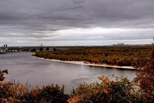 November. Autumn rain washes autumn in the Dnieper.