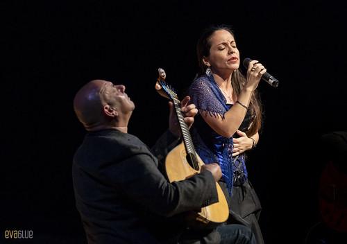 Custódio Castelo A alma da guitarra portuguesa by eva blue 13
