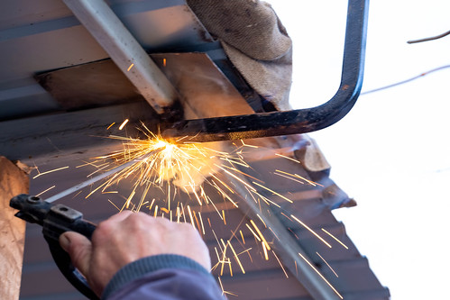 Electric welding for roof repair