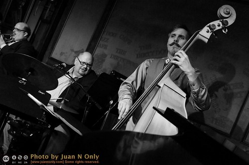 PD9 at Dirty Dog Jazz Cafe [02755GS]