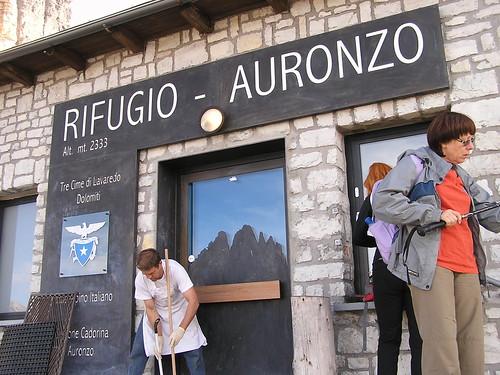 2014 26. Sabata turismado komenciĝis apud la kabano Auronzo 2 333 m - Foto J. Vajs