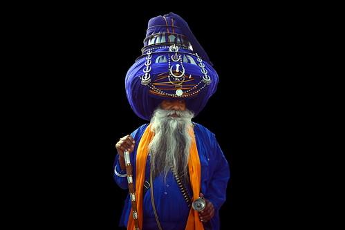 India - Punjab - Anandpur Sahib - Sikh With Giant Turban - 41d