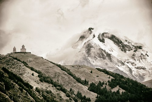 Gergeti-Kirche und Kasbek