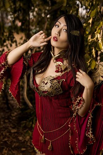 High-Daeva Robe