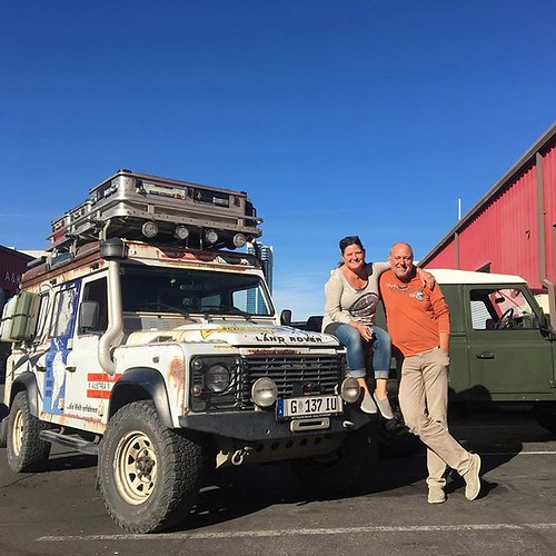 A New Year - New wandering friends to be made. Sandra and Bernhard are 2 year and 4 months into their 3 year round the world trip. Check out their story here: - www.bilderreisen.info #retrorovers #landy #worldwonderer #austrian #overland #vanlife