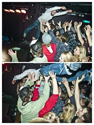 KHAL ALLAN Stagedive'er orn'ligt vildt, yo ✖✖✖ TYDE T Release feat. KHAL ALLAN og PAULO & DJ CARS10 ✖✖✖