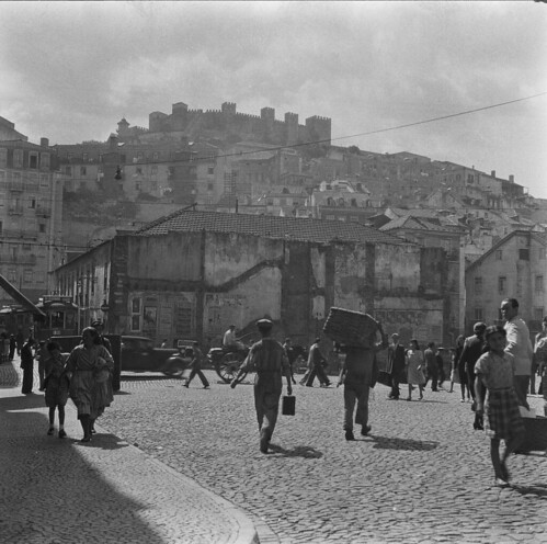 Rua do Martim Moniz, Mouraria, 1937-45