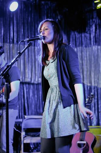 Sara Radle + Band.