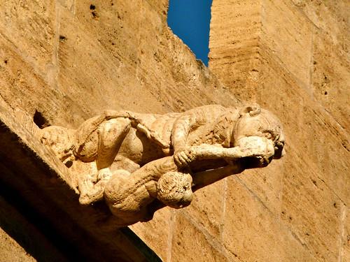 Gárgola en la Lonja de la Seda o de los Mercaderes - Valencia
