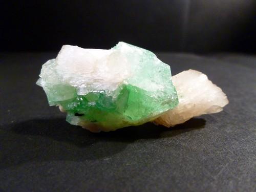 Zeolite Group - Stilbite & Green Apophyllite (No.95)