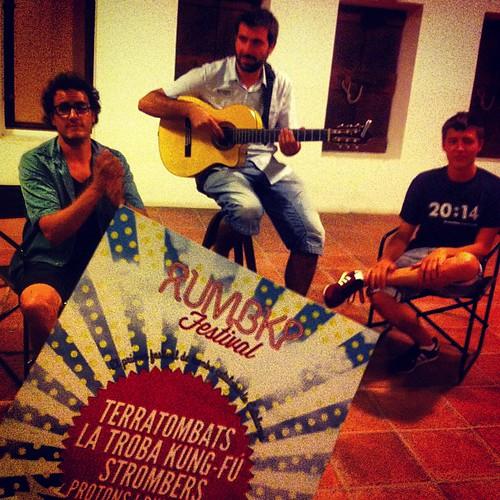 Presentació del @RumbKP amb @terratombats i cava! 10 d'agost #rumbacatalana