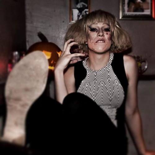 Was für'n fettes Wochenende! #djlife #drag #makeup #pioneer #housemusic #halloween #ladygaga #djane #futurehouse