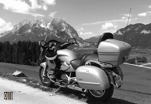 BMW R 1200 CL motorcycle trip Styria Austria Europe Copyright © 2014 Bernhard Egger :: eu-moto images | pure passion 2656 bw