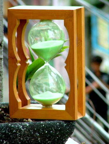 hourglass, glasstime, sandtimer...