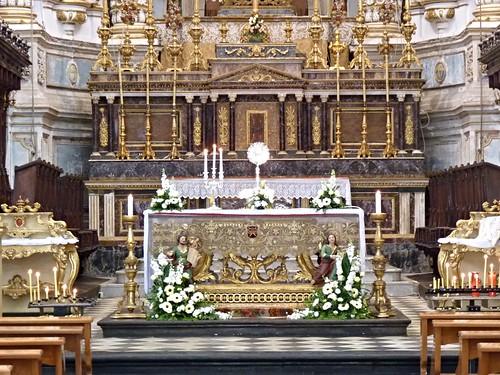 Modica (Rg) - Il bellissimo Altare Maggiore del Duomo di San Pietro