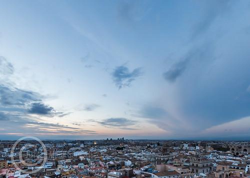 Valencia 2014 (10) 077 - Twilight over the city
