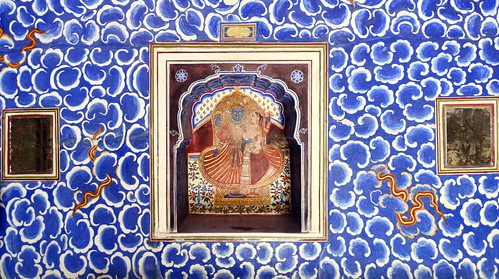 India - Rajasthan - Bikaner - Junagarh Fort - Cloud Palace - Badal Mahal - Krishna and Radha - 48