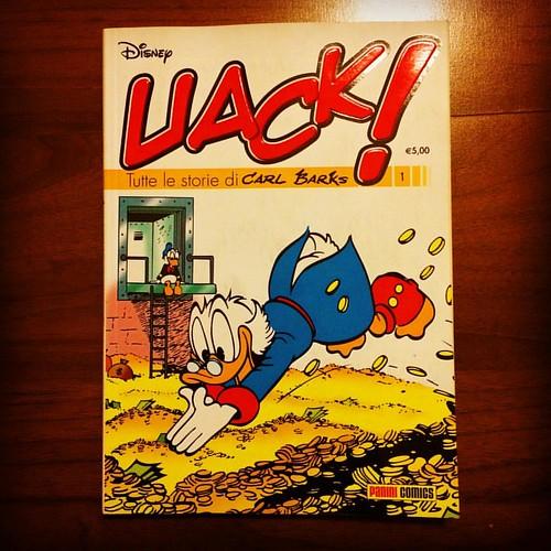 Ho appena finito di leggere il primo numero di Uack!   Carl Barks è davvero uno dei migliori narratori del novecento, un uomo che ha saputo illustrare con ritmo, eleganza stilistica e parecchia intelligenza la vita nel Calisota (città di cui è il creatore