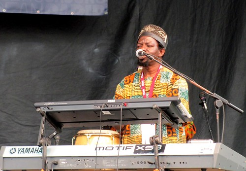 Babá Ken Okulolo & the West African Highlife Band