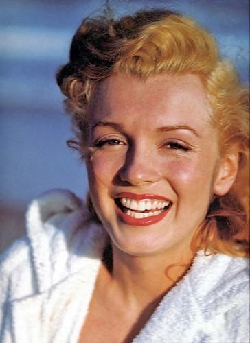 Marilyn Monroe sonriendo
