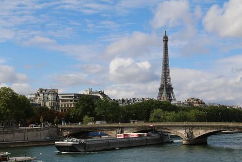 14th August 2015. Hamunaptra at the Pont des Invalides on the Seine, Paris, France