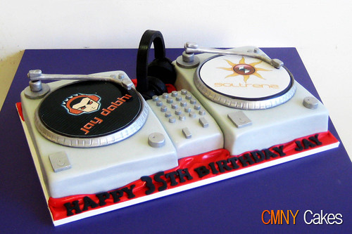 Jay Dabhi DJ Turn Tables Cake