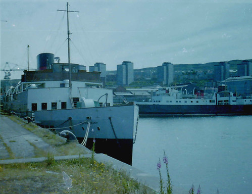 QUEEN MARY and COWAL in 1978