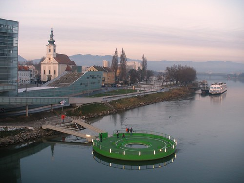 Linz, Upper Austria, state of Austria (the art of very historical places of Linz an der Donau), Nibelungenbrücke