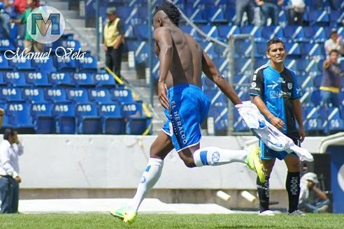 DSC00615 En dramático partido Puebla FC vence 1-0 a Querétaro estadio Cuauhtémoc por LAE Manuel Vela