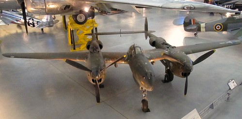 LOCKHEED P-38J-10-LO LIGHTING