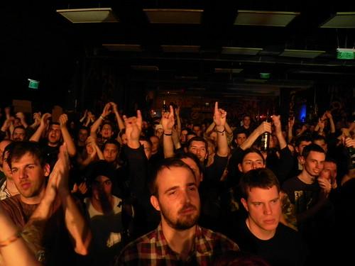 Máté (Képzelt Város) and the crowd