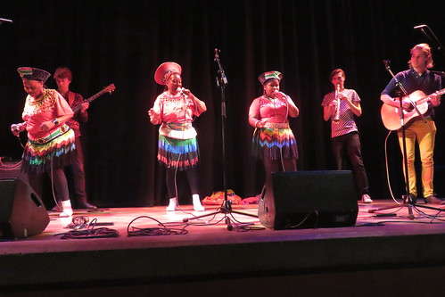 Mahotella Queens (2015) 10 - with Count Drachma