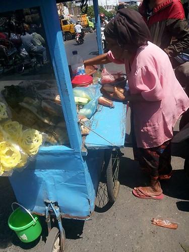 mbah samidi~penjual rujak keliling~13 agustus 2015~ Share If You Care ~ siyc (3)