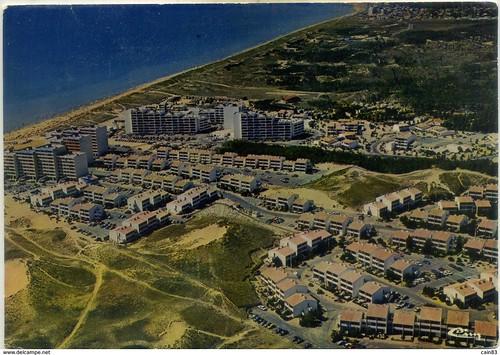 85 St-HILAIRE DE RIEZ MERLIN PLAGE ; , Le balnéaire en cartes postales autour de la collection de David Liaudet, de jolie textes..